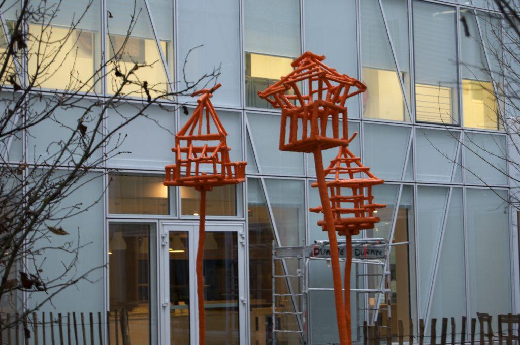 Les-cages-pour-oiseaux-libres-dIssy-ext-V1