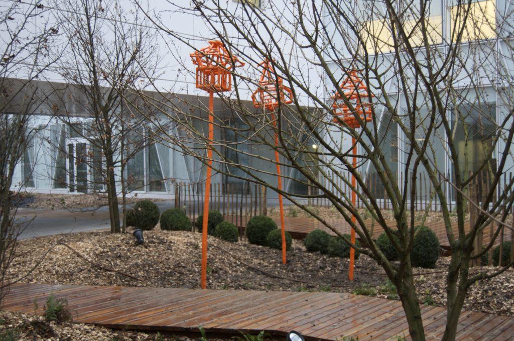 Les-cages-pour-oiseaux-libres-dIssy-ext-V4